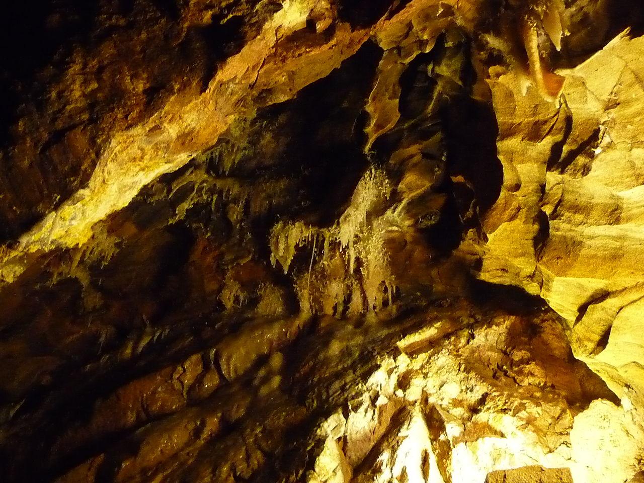 grotte dans la province de Huelva