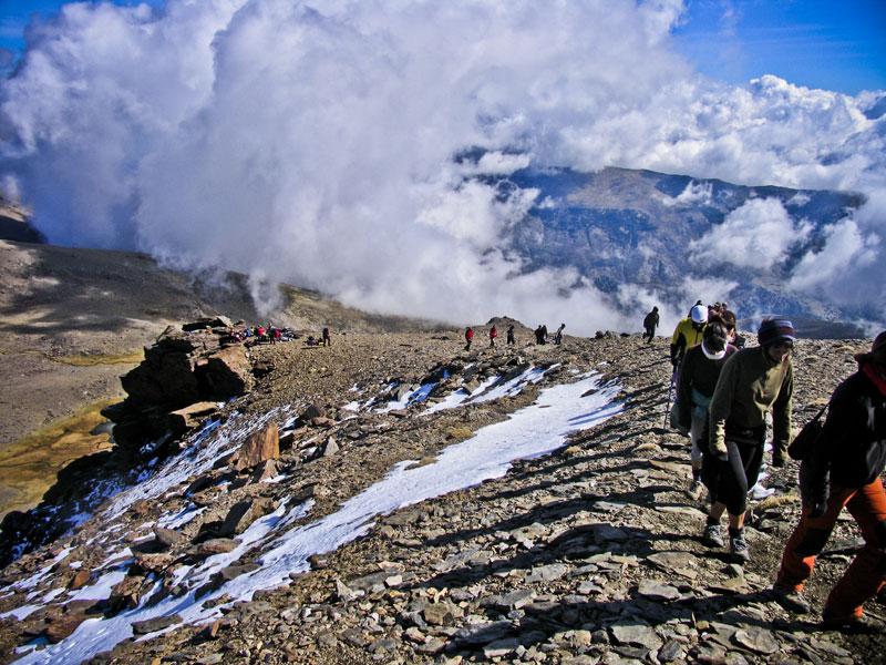 randonnée guidée par les sommets enneigés dans la province de Grenade